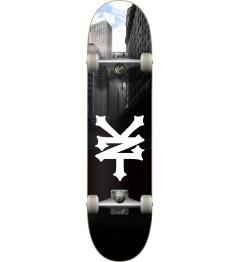 "Zoo York Crackerjack Complete Skateboard (8.25 ""  Wall Street)"