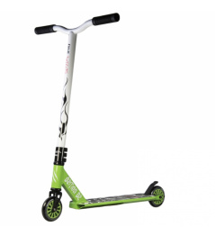 Bestial Wolf Demon D2 freestyle scooter green